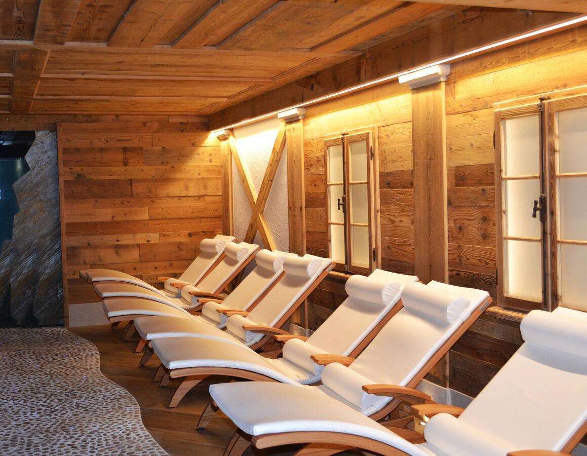 Centro benessere trentino hotel con piscina idromassaggio e sauna - Hotel con piscine termali trentino ...